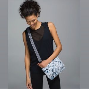 Lululemon Hip To Be Free Bag Print